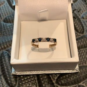 Jewelry - Gold diamond & sapphire ring size 6